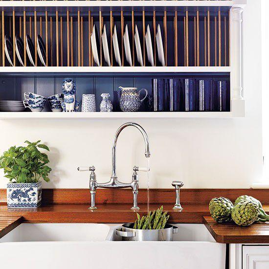 Những gam màu kỳ lạ, ấn tượng trên tủ và tường bếp 1