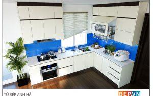 Thiết kế tủ bếp chữ L hiện đại gai đình anh Hải
