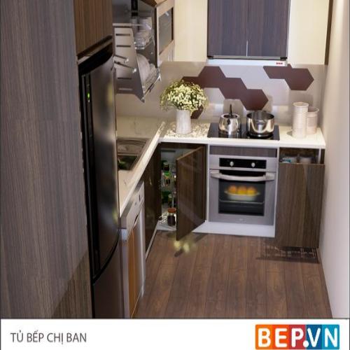 mẫu tủ bếp nổi bật với điểm nhấn từ tường chắn bếp