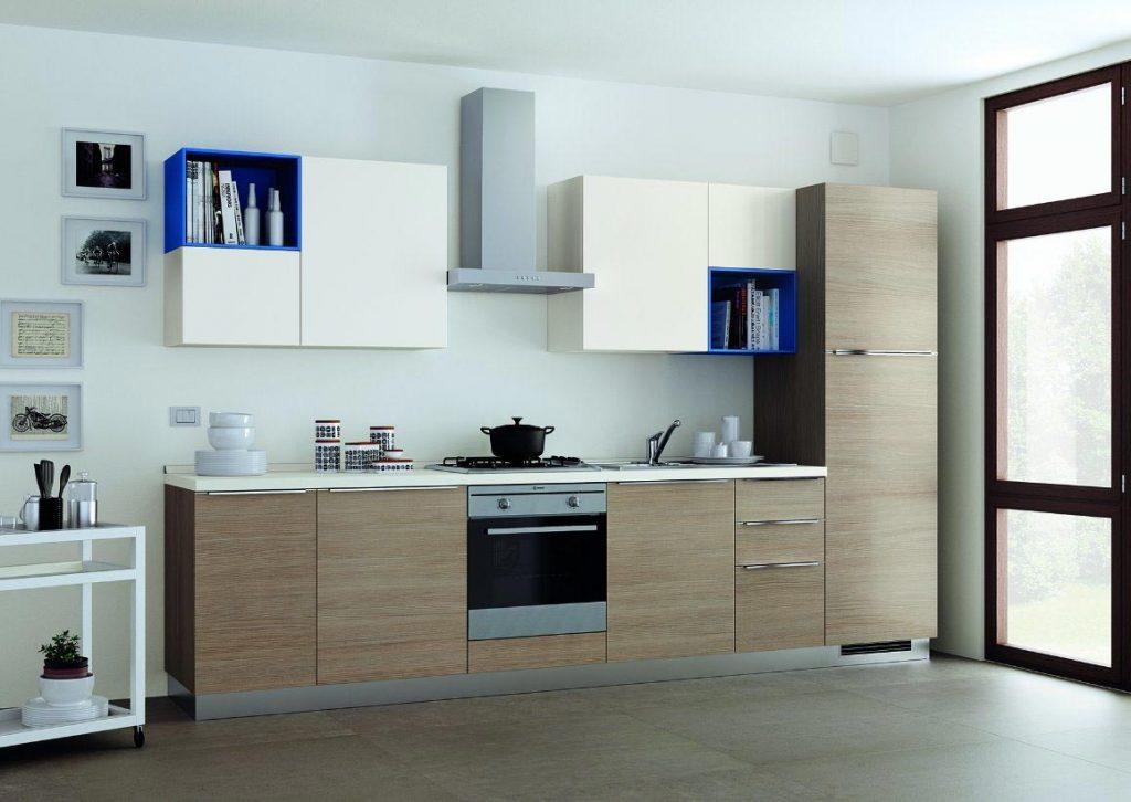 Phòng bếp đơn giản với kiểu bếp chữ I