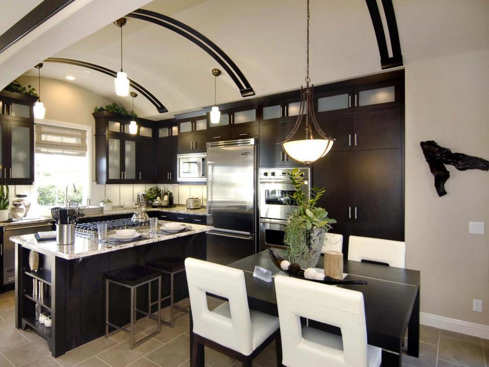 Phòng bếp và phòng ăn được gộp chung với nhau