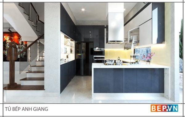 Thiết kế tủ bếp chữ U hiện đại gia đình anh Giang - Hải Phòng