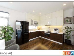 thiết kế tủ bếp chữ L đẹp hiện đại gia đình chị Huệ